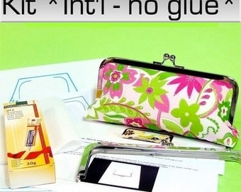 Clutch kit: for International customers - the Lily clutch