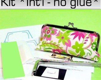 Make Your Own clutch kit with Lily fabric included - & 6 patterns - Intl no glue