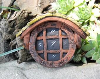 Round Fairy Garden window with shingles