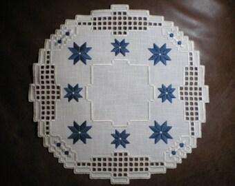 Round Hardanger Centerpiece Doily with Stars