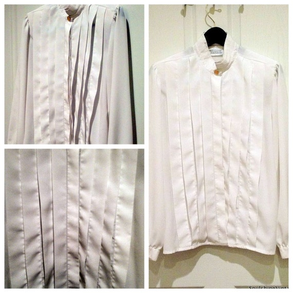 CLEARANCE /// Vintage Pleated White Blouse