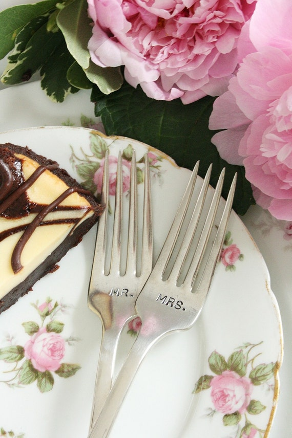 Vintage Mr and Mrs wedding cake forks  silver plate flatware beachhouseliving on etsy Friendship 1932