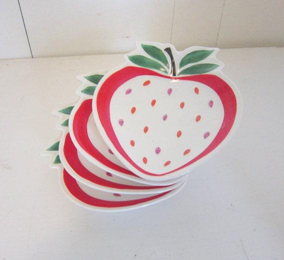 mid century strawberry dishes farmhouse kitchen cottage style decor eveteam