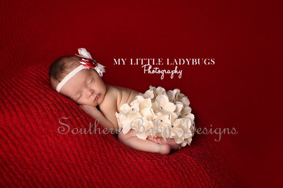 Cream Hydrangea Flower Bloomers & Headband Set  Newborn to 24 Months available Perfect for Newborn, Wedding, Christmas Photo Session Prop
