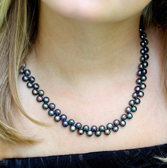 real pearls - last one - peacock black necklace - sale - free ship