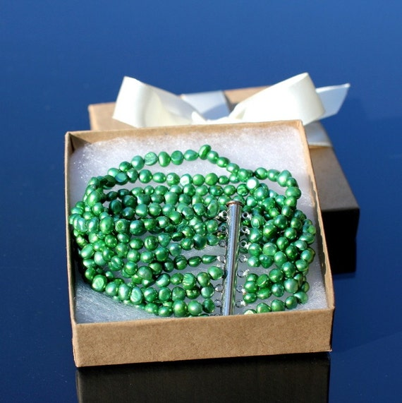 CLEARANCE SALE - 8 strand/ 8 row GREEN Genuine Freshwater Pearl bracelet