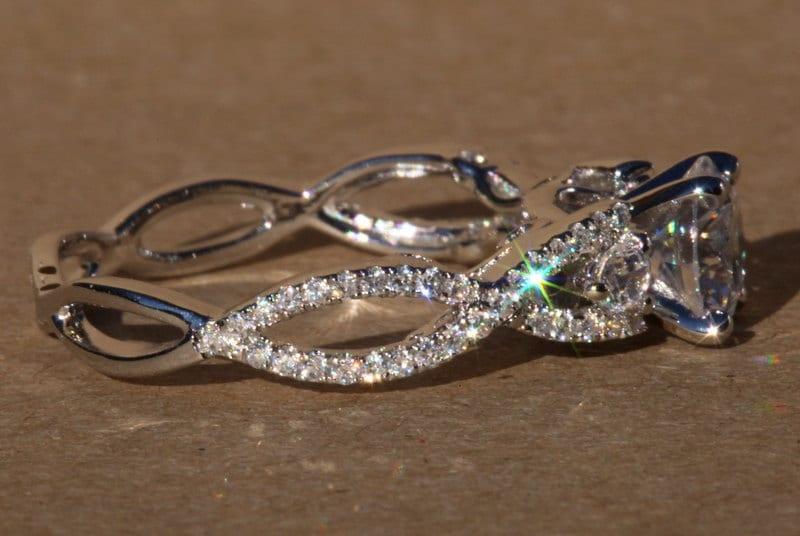 Diamond Engagement Ring 1 50 carat Round Pave Antique