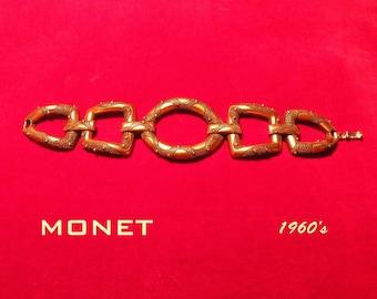 MONET w Copy right beautiful bracelet