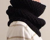 SALE - SHIPS IMMEDIATELY - Black Ivy Cowl for Man