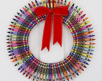 Color Me Merry Crayon Wreath, Teacher Wreath, Colorful Crayon Wreath, Gifts for Teachers