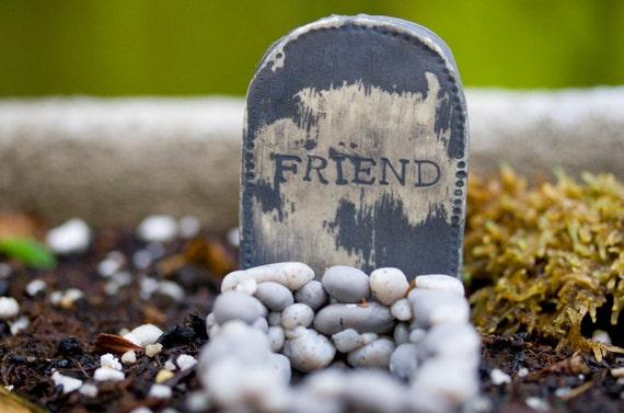 Rest In Peace, Margaret - Tiny Little Miniature Terrarium Ornament - Critter Headstone for Your Garden or Yard or Terrarium - Cemetery Grave