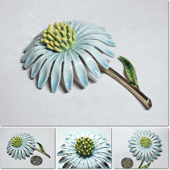Vintage Signed ART Enameled Flower Brooch Pin In 2-Tone Sky Blue