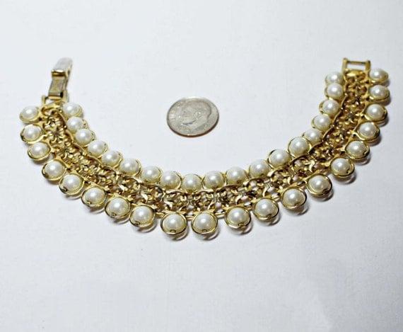 Vintage 80s AVON Gold Tone Faux Pearl Link Bracelet
