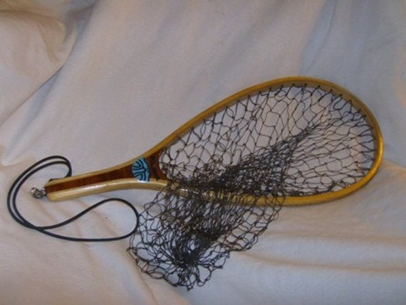 Vintage wooden fishing net dolphin brand for Wooden fishing net