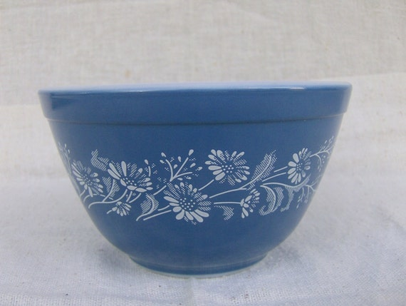 Sale Pyrex Blue Colonial Mist Nesting Bowl 401 By