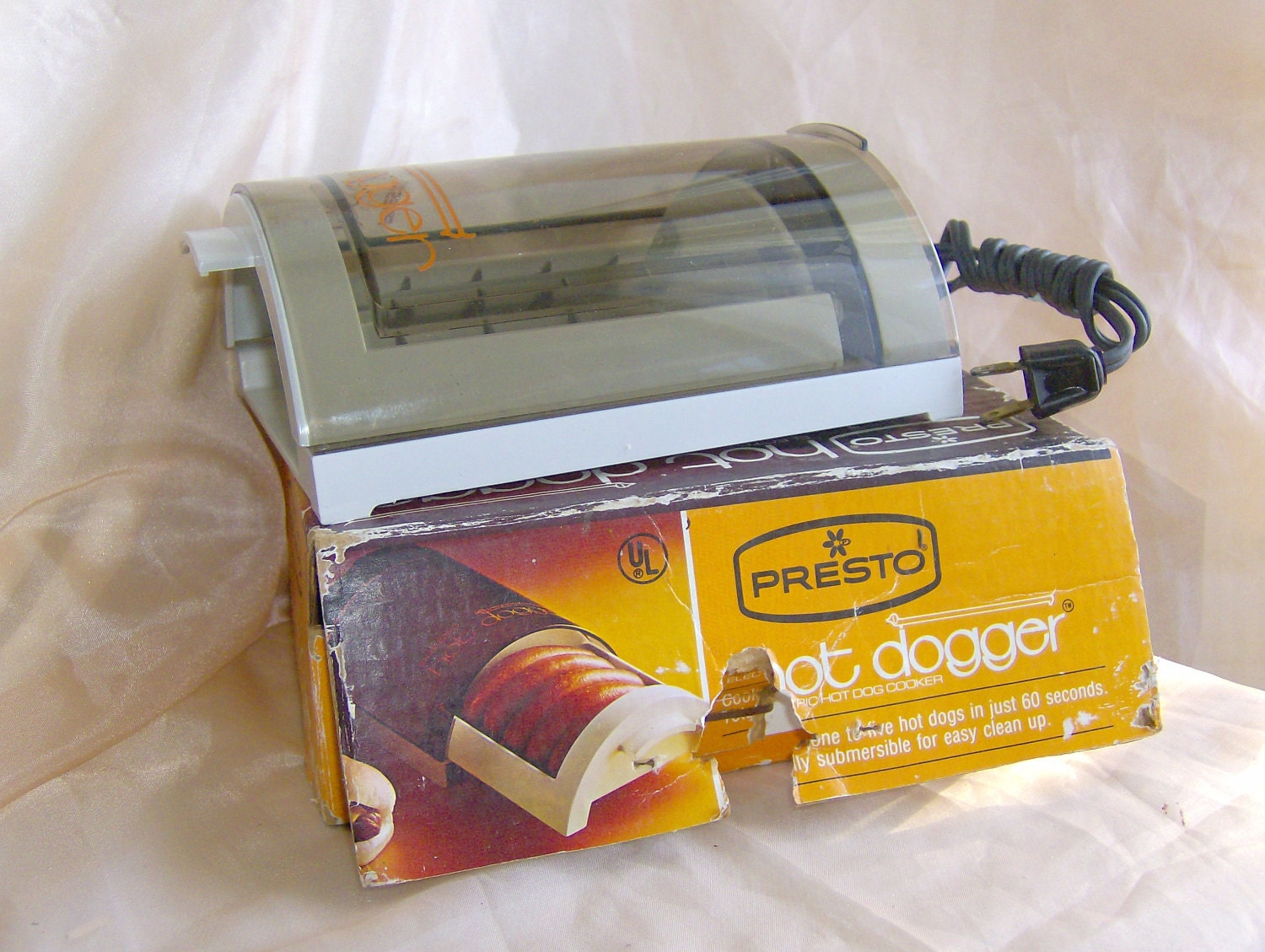 1970s Presto Hot Dogger Eletric Hot Dog Cooker