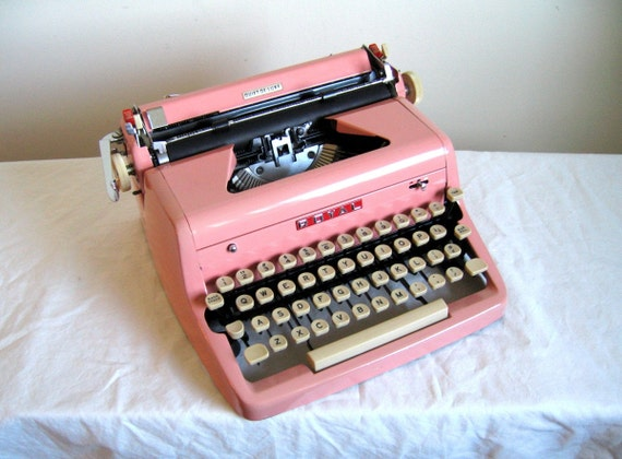 Bubble Gum PINK Royal Quiet De Luxe Typewriter, Cleaned, New Ribbon