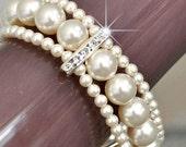 Pearl Cuff Bracelet, Bridal Cuff Bracelet, Ivory Pearl Bracelet, Chunky Pearl Bracelet. Vintage Style Bracelet. Wedding Bracelet