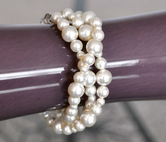 Multi Strand Bridal Bracelet, Chunky Pearl Bracelet, Bridal Jewellery Bracelet