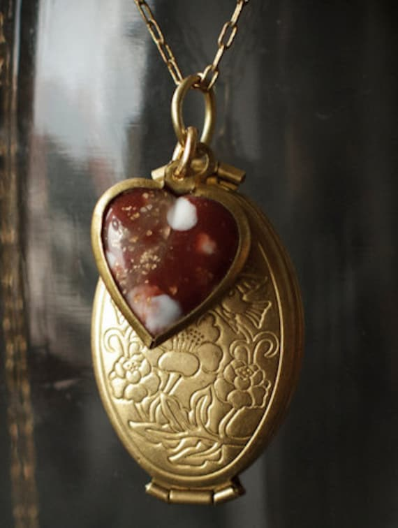 Romantic Vintage Brass Oval Locket unfolds to hold Four Photos...can be custom engraved for no extra charge....its an instant heirloom.