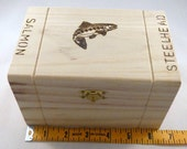 Perfect Christmas Gift for your outdoors lover. Foam lined wood fly box with 5 beautiful flies.