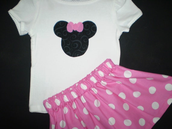 Pink Minnie Mouse T shirt and Skirt Outfit