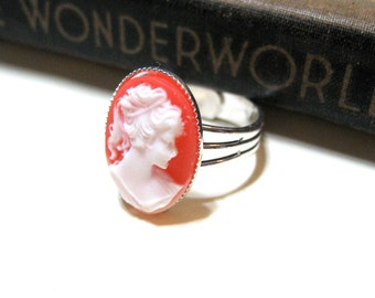 Vintage Peach / Salmon and White Cameo Ring - Silver Plated - Adjustable - 18x13mm