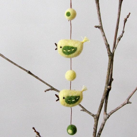 Felt bird garland : FUZZ 2 bird friends - yellow and green