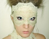 Lace Mask - Off White/light green