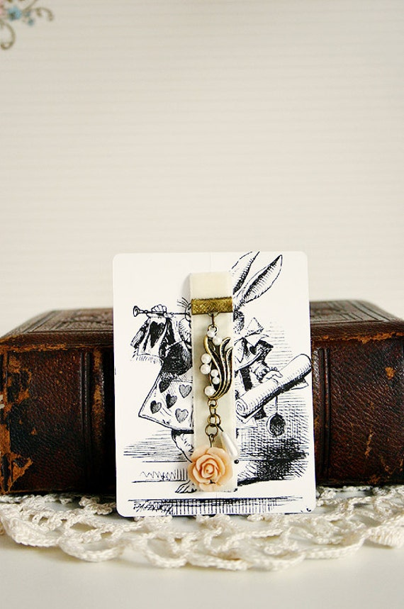 velvet ribbon bookmark with vintage charm