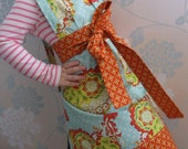 Freya apron for toddlers and small girls
