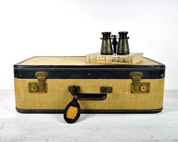Vintage 40's Suitcase