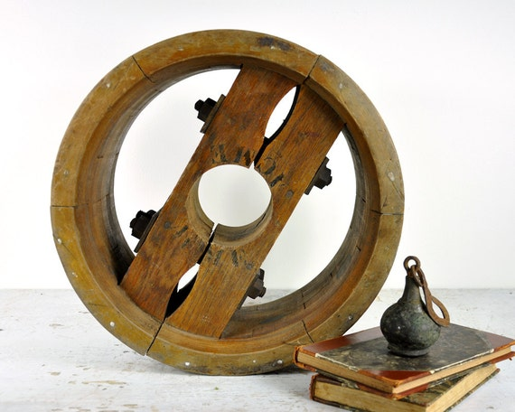 Vintage large industrial pulley wheel industrial decor for Decorating with pulleys
