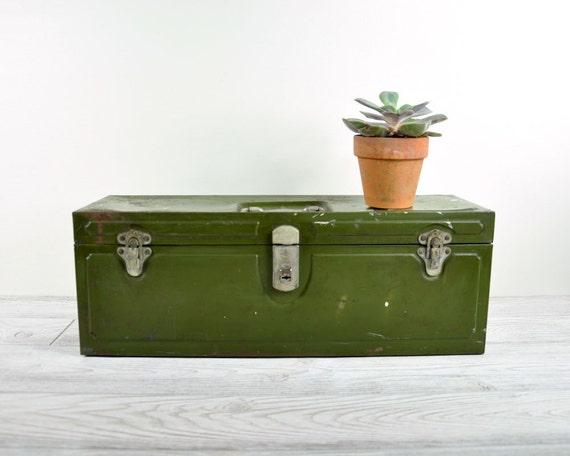 Vintage Rustic Metal Tool Box / Green Tackle Box / Industrial Storage