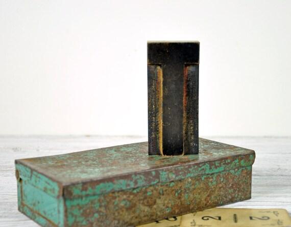 Vintage Letterpress Letter T / Printers Block / Industrial Decor