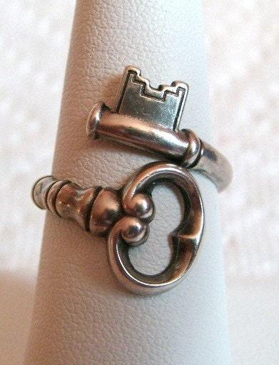 Vintage Avon Sterling Silver Skeleton Key Ring The Secret Key