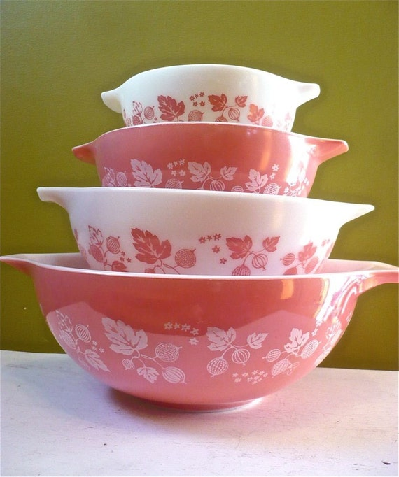 Holiday Sale Vintage Pyrex Pink Gooseberry By Twolittleowls