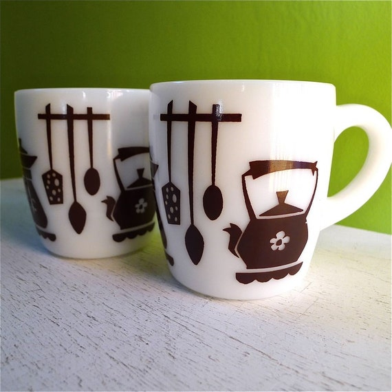 SALE Vintage Kitchen Coffee Milk Glass Mugs Pair
