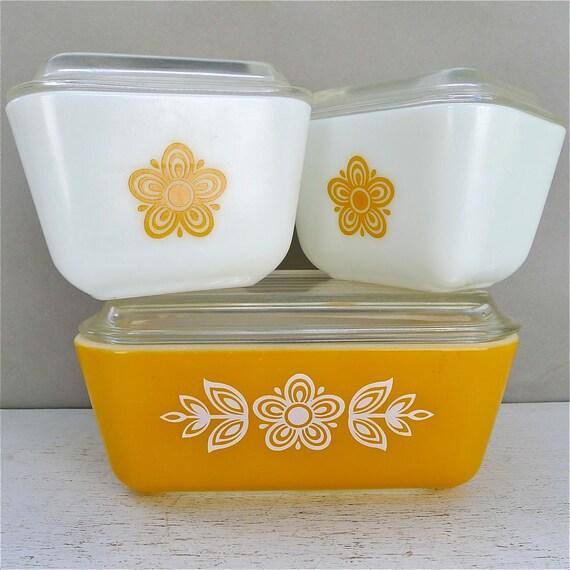Vintage Pyrex Golden Butterfly Refrigerator Set