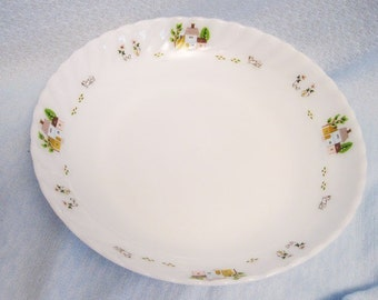 large opaque White Milk Glass Serving Bowl Scalloped Edge  Design Of Houses, Cows, Chicks