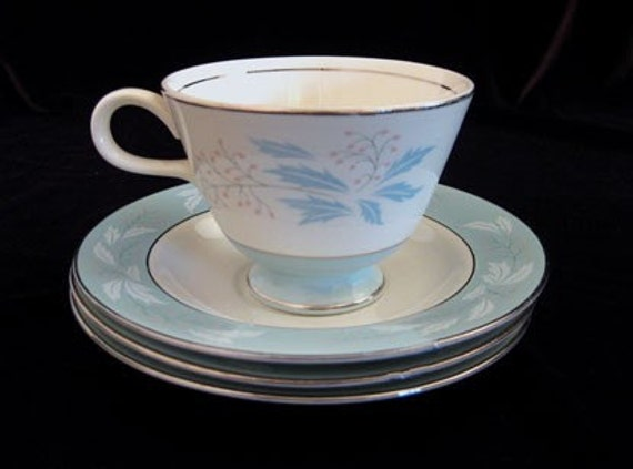 Homer Laughlin Tea Cups And Saucers-Romance (6) Pieces