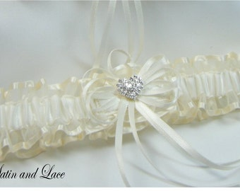 RHINESTONE HEART Wedding garters Ivory Garter Toss