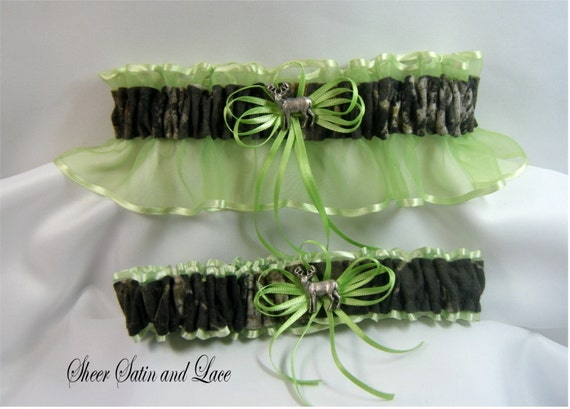 MOSSY OAK Camouflage wedding garters deer Camo garter Lime Green