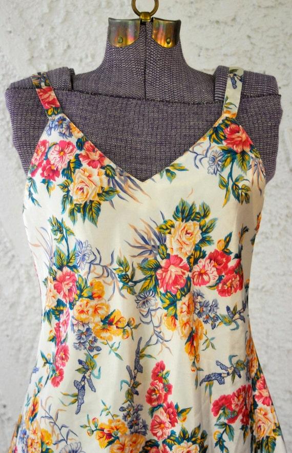 Vintage 1980s Ivory Floral Slip Dress - sz Medium