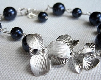 Swarovski Pearl and Silver Orchid Bracelet, Dark Blue Pearls, Romantic Sterling Silver Wire Wrapped Bridal Jewelry