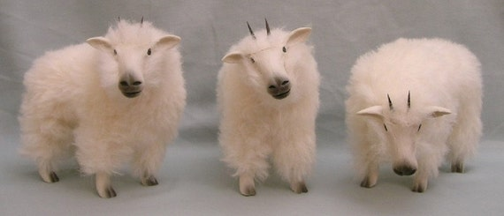 Rocky Mountain Goat Figure in Porcelain and Alpaca
