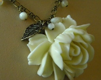 Antique White Rose Necklace