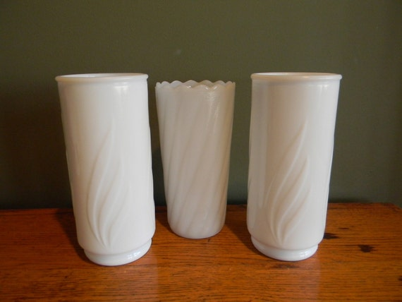 Vintage Wedding Table Setting Milkglass vase Southern Wedding centerpiece collection set of 3