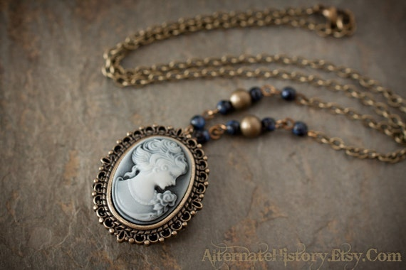 Cameo Watch Locket Necklace - Battery Operated - Victorian Steampunk