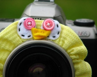 Ready to Ship -- DUCK Lens Pet for your camera
